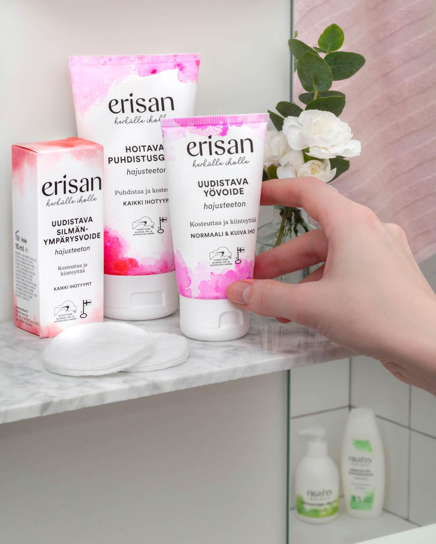 Tuotteet: hoitava puhdistusgeeli, silmänympärysvoide ja uudistava yövoide.
